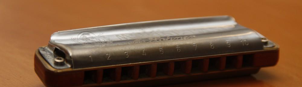 blues harmonica